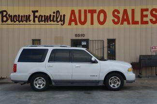 2001 Lincoln Navigator  | Houston, TX | Brown Family Auto Sales in Houston TX