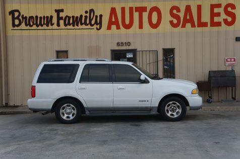 2001 Lincoln Navigator  | Houston, TX | Brown Family Auto Sales in Houston, TX