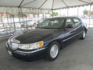 2001 Lincoln Town Car Executive Gardena, California