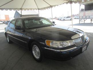 2001 Lincoln Town Car Executive Gardena, California 3