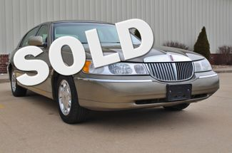 2001 Lincoln Town Car Signature in Jackson, MO 63755