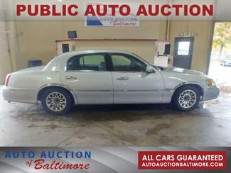 2001 Lincoln Town Car Signature | JOPPA, MD | Auto Auction of Baltimore  in Joppa MD