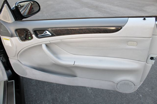 2001 Mercedes-Benz CLK430 NAVIGATION AUTOMATIC LEATHER SERVICE RECORDS in Van Nuys, CA 91406