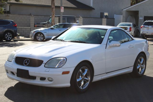 2001 Mercedes-Benz SLK320 XENON AUTOMATIC SERVICE RECORDS AVAILABLE in Woodland Hills CA, 91367