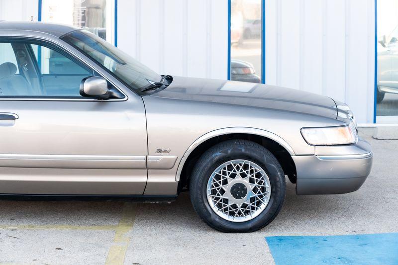 2001 Mercury Grand Marquis GS ONLY 60K MILES CLEAN CARFAX POWER ACCESSORIES! in Rowlett, Texas