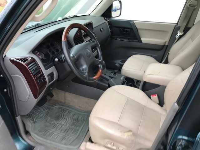2001 Mitsubishi Montero Limited in Medina, OHIO 44256