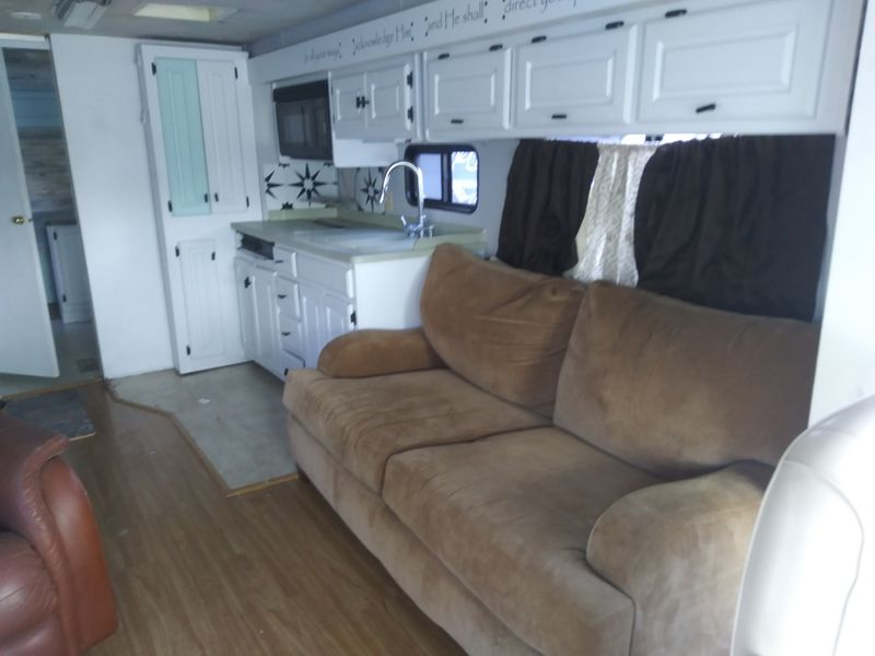 2001 Monaco Knight 36R   city FL  Manatee RV  in Palmetto, FL