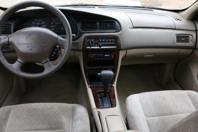 2001 Nissan Altima GXE Santa Clarita, CA 7