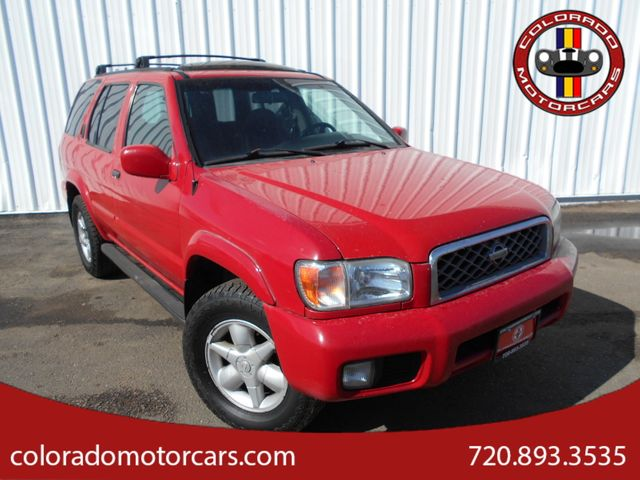 2001 Nissan Pathfinder LE in Englewood, CO 80110