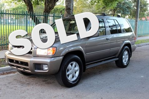 2001 Nissan Pathfinder LE in , Florida
