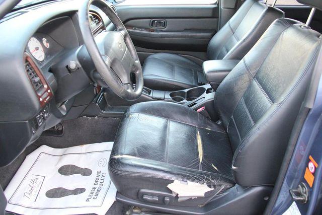 2001 Nissan Pathfinder LE Santa Clarita, CA 13