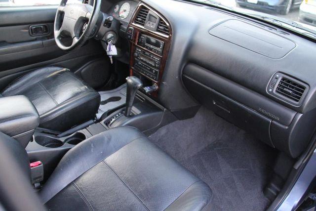 2001 Nissan Pathfinder LE Santa Clarita, CA 9