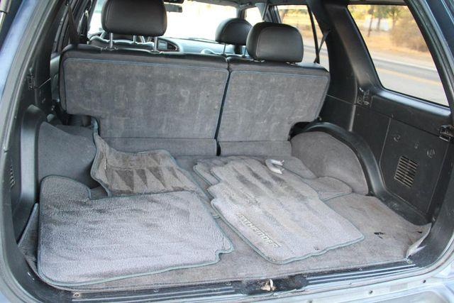 2001 Nissan Pathfinder LE Santa Clarita, CA 23