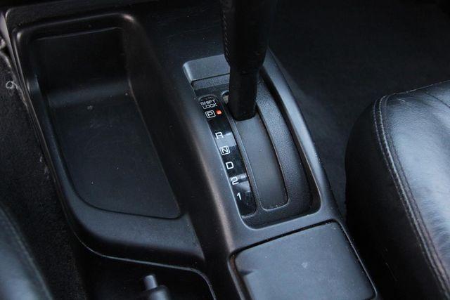 2001 Nissan Pathfinder LE Santa Clarita, CA 19