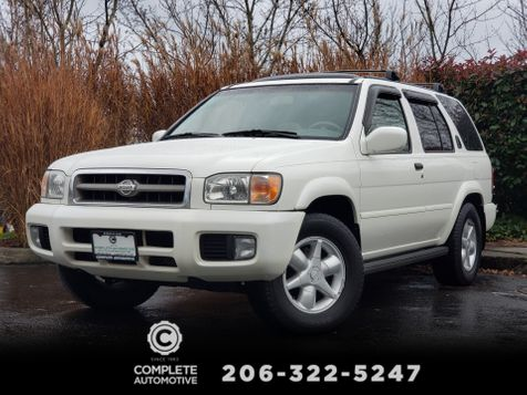2001 Nissan Pathfinder LE 4 Wheel Drive  Heated Leather Moonroof Very Nice Local History in Seattle