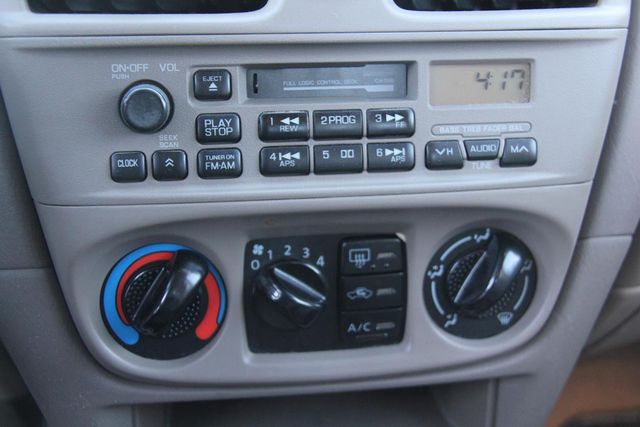 2001 Nissan Sentra XE Santa Clarita, CA 18