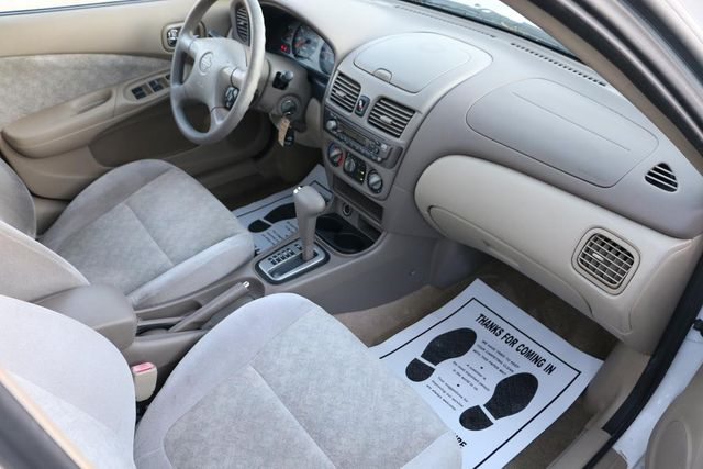 2001 Nissan Sentra GXE Santa Clarita, CA 9