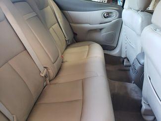 2001 Oldsmobile Aurora Chico, CA 11