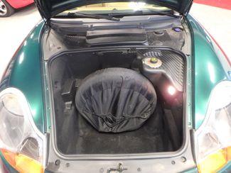 2001 Porsche Boxster, SHARP COLOR SCHEME, NEW WHEELS. Saint Louis Park, MN 24