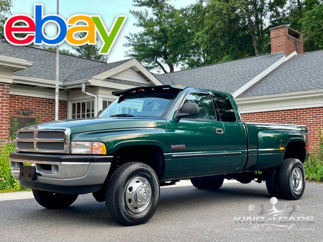 2001 Ram 3500 Cummins Diesel 4X4 MANUAL TRANS 2ND GEN ONLY 47K MILE in Woodbury, New Jersey 08093