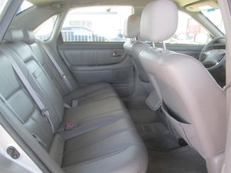 2001 Toyota Avalon XLS w/Bucket Seats Gardena, California 12