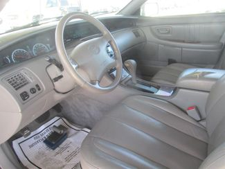 2001 Toyota Avalon XLS w/Bucket Seats Gardena, California 4