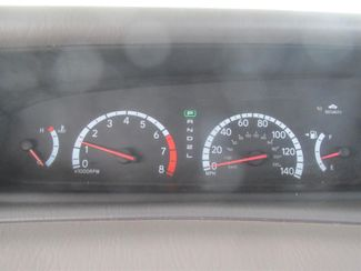 2001 Toyota Avalon XLS w/Bench Seat Gardena, California 5