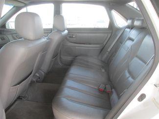 2001 Toyota Avalon XLS w/Bench Seat Gardena, California 9