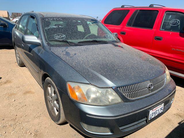 2001 Toyota Avalon XL w/Bucket Seats in Orland, CA 95963