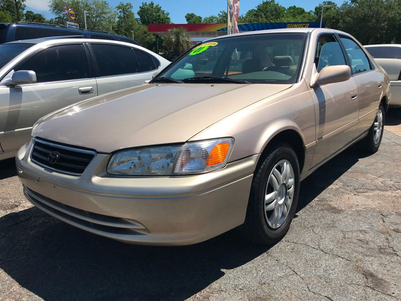 Used 2001 Toyota Camry LE
