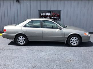 2001 Toyota Camry LE  city TX  Clear Choice Automotive  in San Antonio, TX