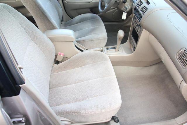 2001 Toyota Corolla LE Santa Clarita, CA 16