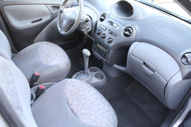 2001 Toyota Echo Santa Clarita, CA 9