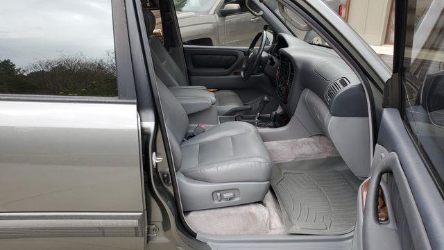 2001 Toyota Land Cruiser in Cullman, AL 35055