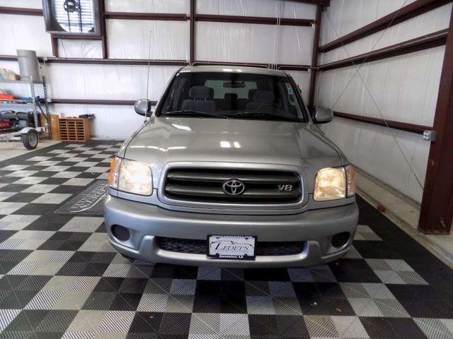 2001 Toyota Sequoia SR5 in Gonzales, Louisiana 70737