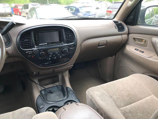 2001 Toyota Sequoia SR5 Ravenna, Ohio 10