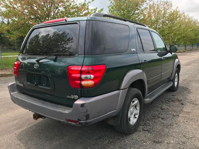 2001 Toyota Sequoia SR5 Ravenna, Ohio 3