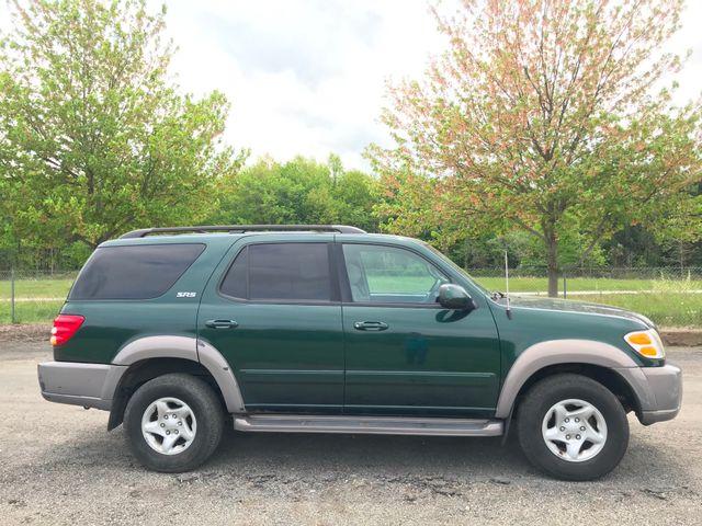 2001 Toyota Sequoia SR5 Ravenna, Ohio 4