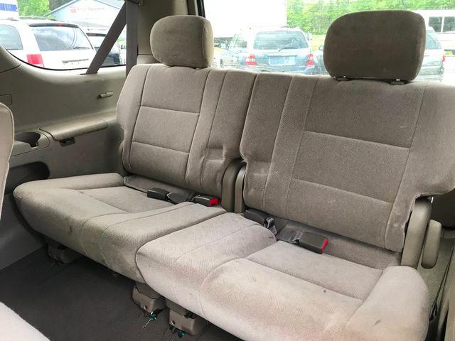 2001 Toyota Sequoia SR5 Ravenna, Ohio 8