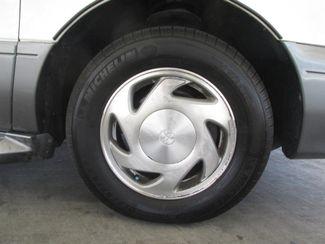2001 Toyota Sienna XLE Gardena, California 13