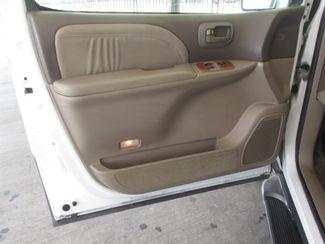 2001 Toyota Sienna XLE Gardena, California 8