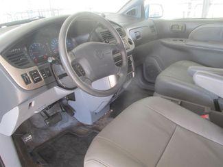 2001 Toyota Sienna XLE Gardena, California 4