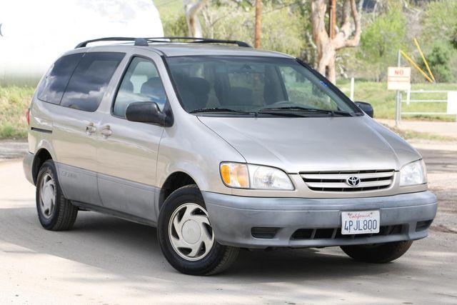2001 Toyota Sienna LE Santa Clarita, CA 3