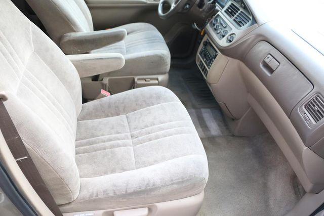 2001 Toyota Sienna LE Santa Clarita, CA 14