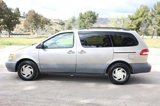 2001 Toyota Sienna LE Santa Clarita, CA 11