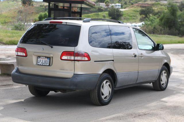 2001 Toyota Sienna LE Santa Clarita, CA 6