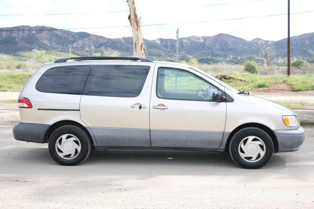 2001 Toyota Sienna LE Santa Clarita, CA 12