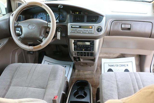 2001 Toyota Sienna XLE Santa Clarita, CA 7