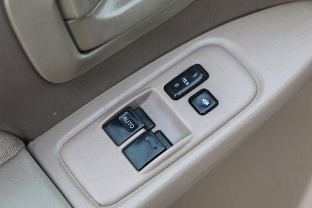 2001 Toyota Sienna XLE Santa Clarita, CA 26