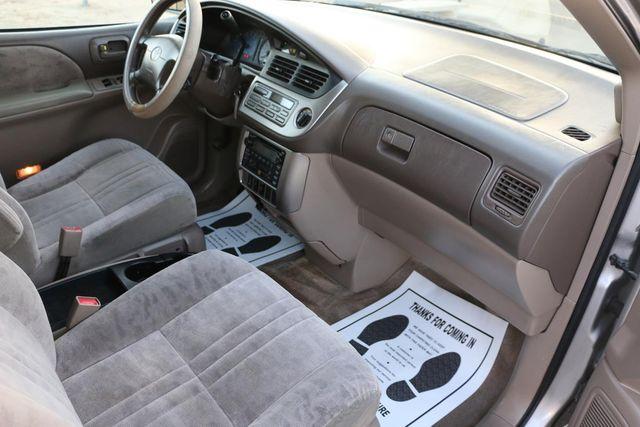 2001 Toyota Sienna XLE Santa Clarita, CA 8